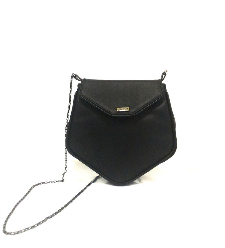 JT Black Bag #couro #bordado #fashion #accessories #moda #style #design #acessorios #leather #joicetanabe #bag #bolsa #courolegitimo