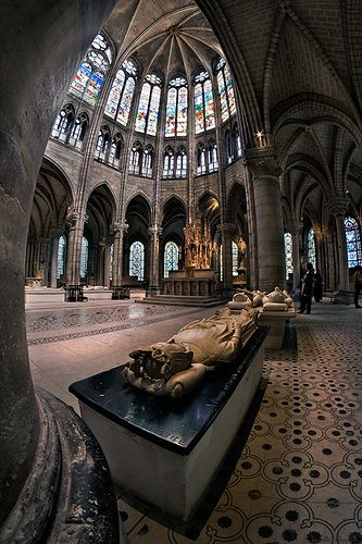 Basilique de St Denis, in a northern suburb of Paris, is a resting place of France's kings & queens
