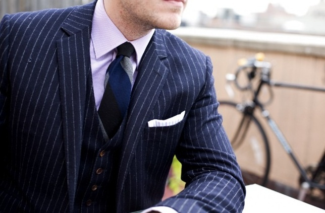 Love this Navy blue pinstripe suit, shirt, and tie.  Mixing pinstripes