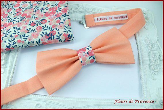 Set Noeud Papillon et Pochette costume assortie Tissu  pêche /
