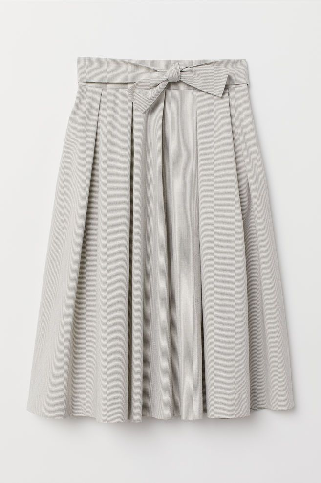 db2c587940d6dd Pleated Skirt in 2019   skirts   Pleated skirts knee length, Pleated ...