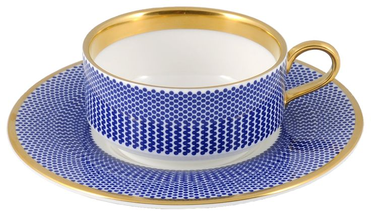 Sweet Mocha Cup & Saucer taken from the beautiful 'Benday Cobalt' range, hand finished with 22kt Gold gilding. Hand made in Stoke-on-Trent, England. A collection that is inspired by Benjamin Day: 'our homage to the dot'. Handwash Only, Fine Bone China. Find out more here: https://thenewenglish.co.uk/collections/benday-cobalt #TheNewEnglish #Benday #Cobalt