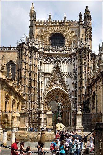 Sevilla catedral de santa mar a de la sede puerta de - Puertas uniarte sevilla ...