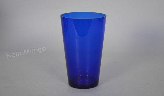 Nuutajärvi Finland vase glass  deep blue  blue  Mid by RetroMungo