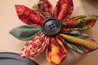 Fabric Flower made from necktiesCrafts Ideas, Faux Flower, Fabric Flowers, Flower Tutorials, Fabrics Flower, Fabrics Kanzashi, Flower Crafts, Mothers Nature, Kanzashi Flower