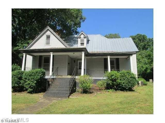227 Short Union St Eden Nc 27288 Renting A House Little Dream Home Little Houses