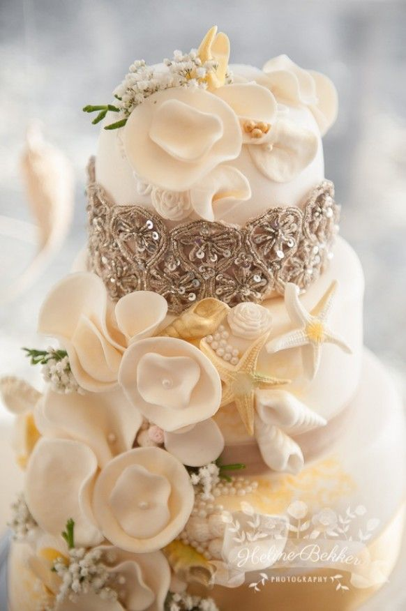 wedding cakes in lagunbeach ca%0A beachy and glamorous wedding cake