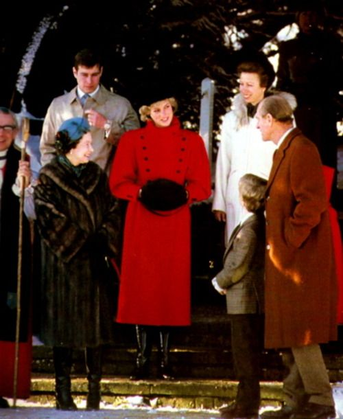 867-The Queen, Prince Andrew, Princess Diana, Princess Anne, Prince Phillip, and Peter Phillips