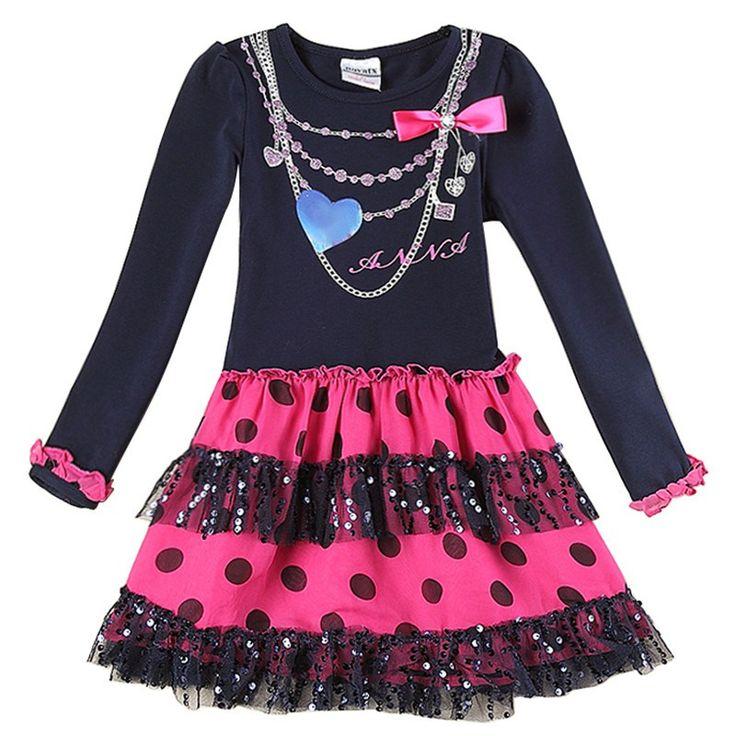 Kjole med fine mønster og farger