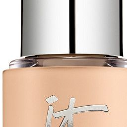 This IT Cosmetics Bye Bye Lines foundation was made with mature skin in mind. The product was developed by plastic surgeons as a hydrating anti-aging serum. It is infused with pure color pigments that conceal the look of lines, wrinkles and imperfections while providing a youthful glow. It also includes anti-aging products such as hyaluronic acid, argan oil and optical blurring technology. Finally, a sheer- to medium-coverage foundation will bring out glowing, youthful skin! This, by IT…
