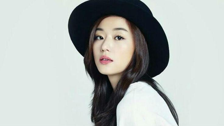 Jeon Ji Hyun, one of the most beautiful actress in South Korea