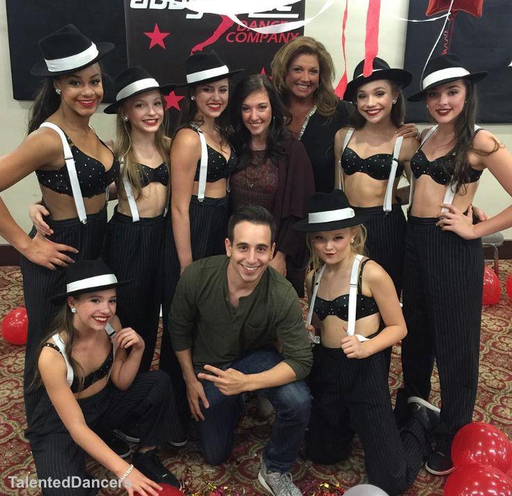 #ZieglerMackenzie behind the scenes of Dance Moms [02.27.16]