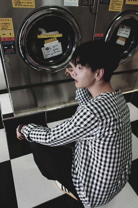 did he learn how to wash clothes from jungkook is that why he looks confused