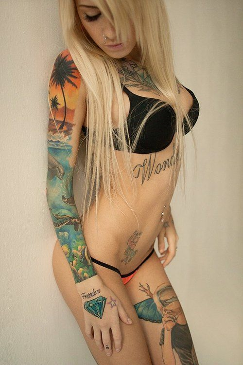 girl webcam black Tattooed