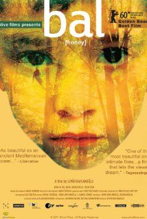 Bal (Honey) (2010) Poster