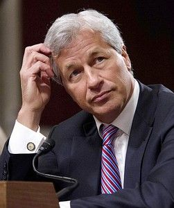 Dethroned: Jamie Dimon is stepping down as JP Morgan chairman - http://thedailydrudgereport.com/2013/10/04/mainstream-mixup/dethroned-jamie-dimon-is-stepping-down-as-jp-morgan-chairman/