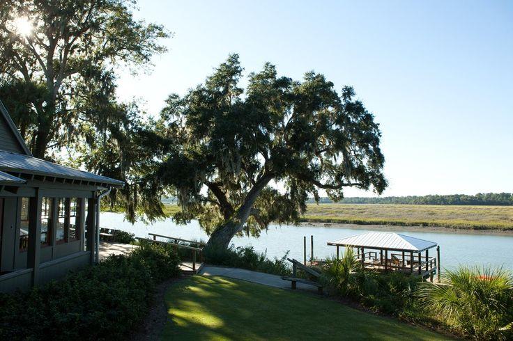 自然保護区に面した米高級住宅地区  米国では1990年ごろから、自然保護区に面した新高級住宅地の開発が進んでいる。自然環境に親しむことが狙いだ。サウスカロライナ州やジョージア州、カリフォルニア州の例を紹介する。