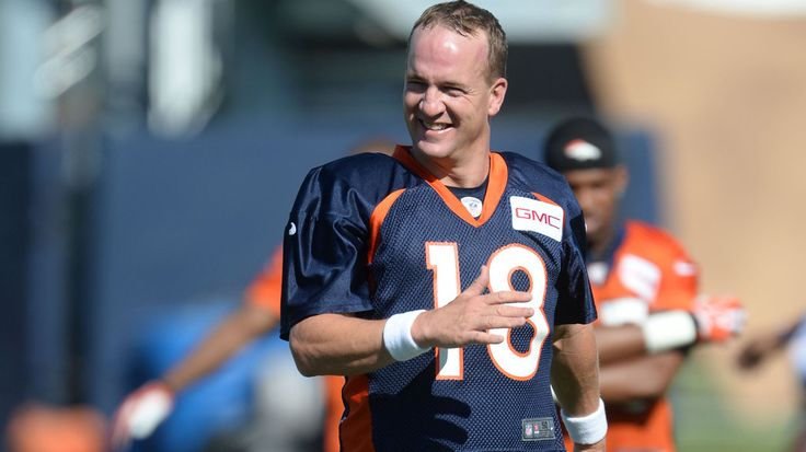 Here's Peyton Manning dancing to 'Rocky Top' at Broncos camp So funny. I love how Welker joins in. Nice moves Peyton.