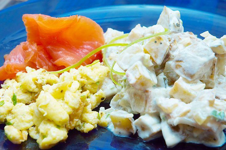 Willys potetsalat. Mild og frisk potetsalat med bakte poteter og yoghurt!