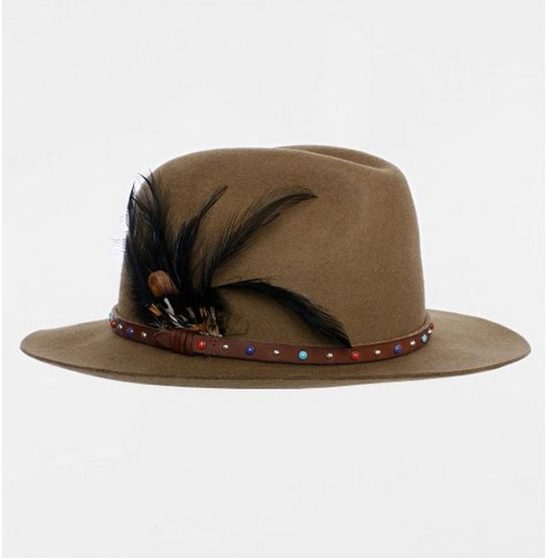 Un chapeau en feutre zadig & voltaire