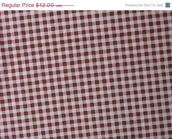 30% OFF Christmas Cotton Quilt Fabric Red Check by TheFabricScore