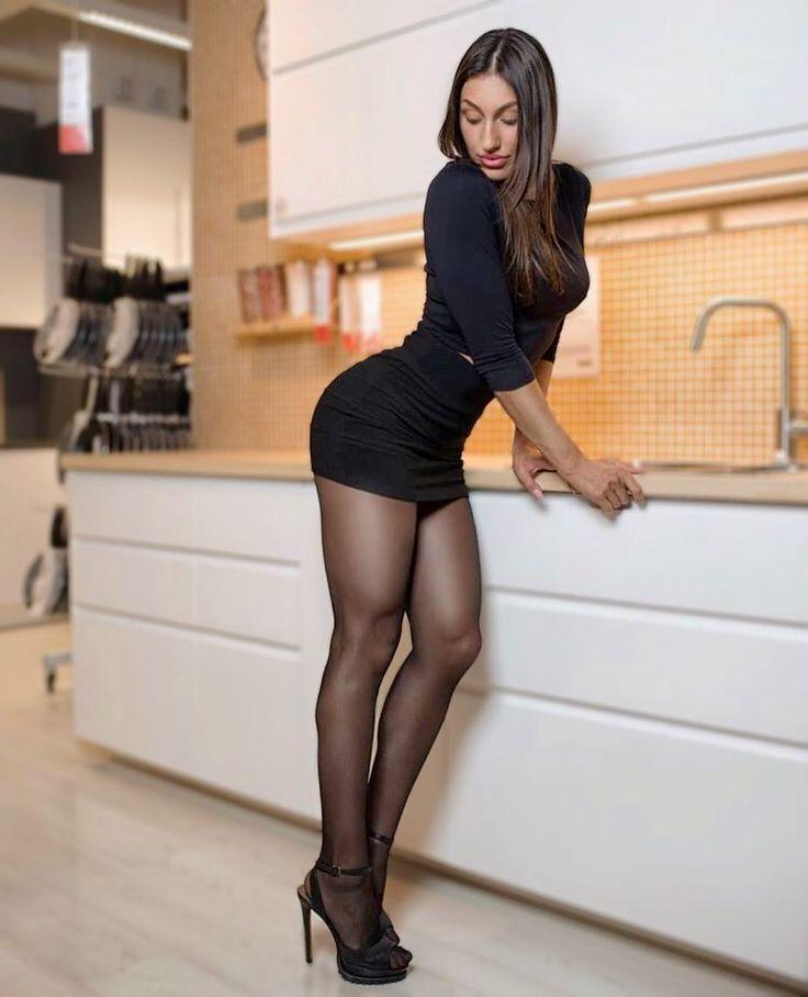 Latina hot list red carpet arrivals