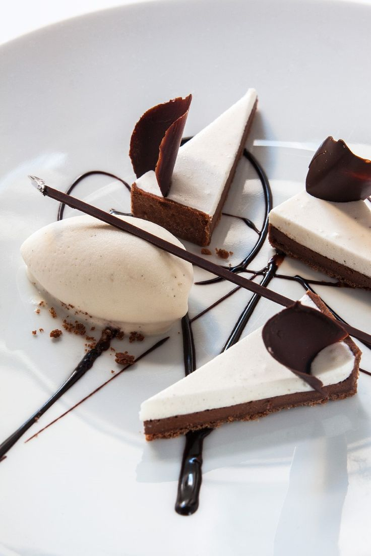 Tarte-fine-au-chocolat La mère Brazier