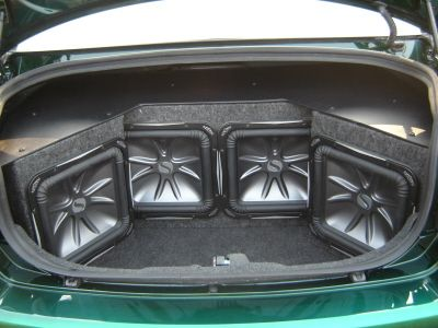 Dde Fd C Df E F E B on Cadillac Escalade Subwoofer Box