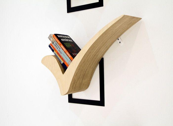 Прекрасный вариант создать оптимальный интерьер в комнате благодаря  декорированию стены деревянными полочками. Creative BookshelvesBookshelf ...
