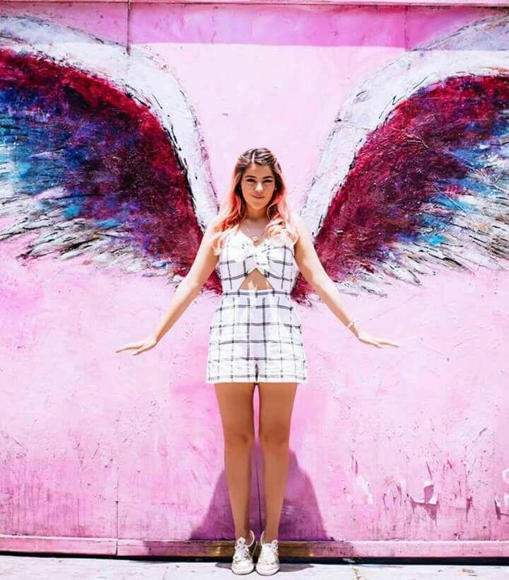 Las alas de lesslie polinesia