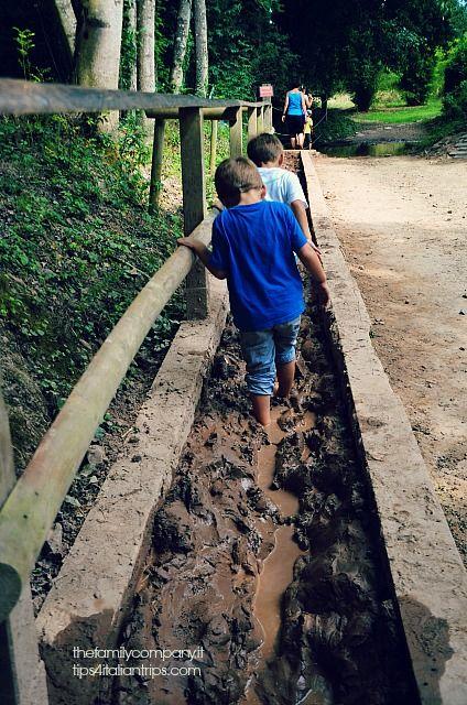 Bretagna con bambini: l'itinerario Giocando con il fango in un parco giochi magico