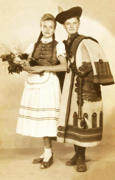 Hungarian folk costumes. Oh my she looks a lot like me!