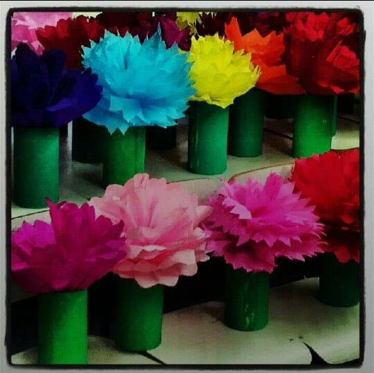 Enfeite De Papel ~ 76 melhores imagens sobre ENFEITE FESTA DA PRIMAVERA no Pinterest Flores coloridas, Mesas e