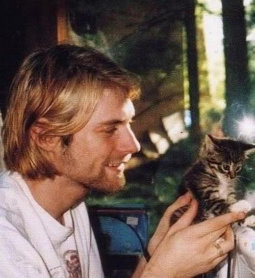 Kurt Cobain with a kitten