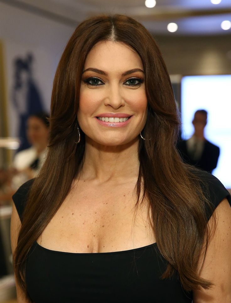 Kimberly Guilfoyle Photos Photos - Stuart Weitzman And Quest Invite You To Celebrate The New Look At The Exclusive Re-opening Of The Madison Avenue Flagship Store - Zimbio
