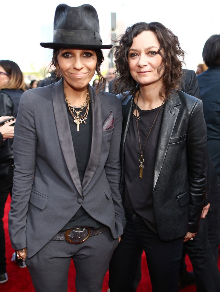 Sara Gilbert Linda Perry Photos: Arrivals at the MTV Movie Awards — Part 3