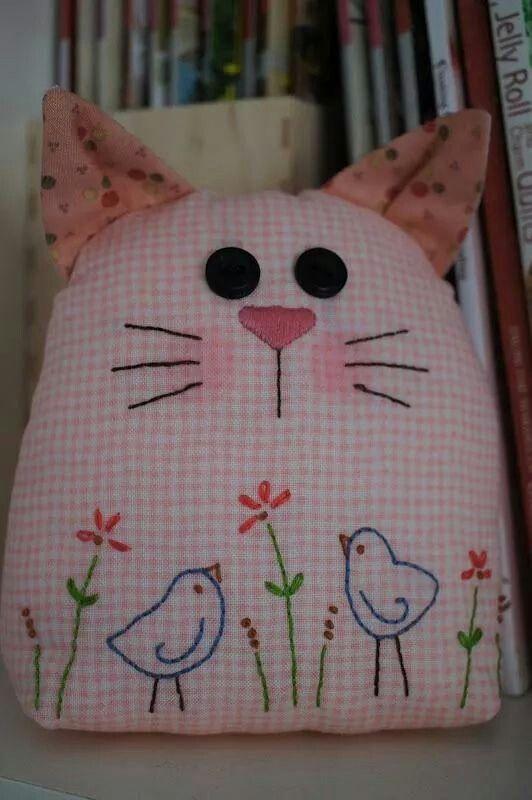 gatito almohadon chinilla