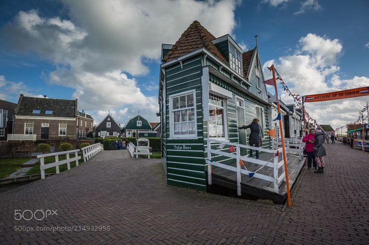 Marken - Marken  is a village with a population of 1810 in the municipality of Waterland in the province of North Holland in the Netherlands. Marken forms a peninsula in the Markermeer and was formerly an island in the Zuiderzee. The characteristic wooden houses of Marken are a tourist attraction.