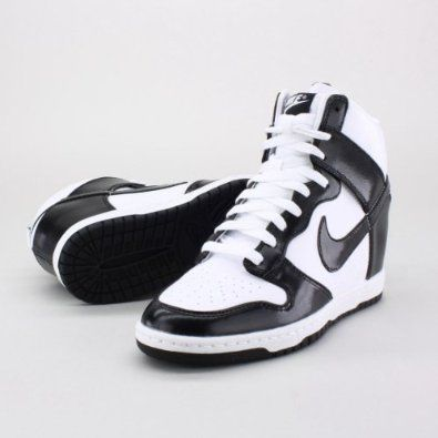 Basketball shoes designed for women #basketball #sportshoe