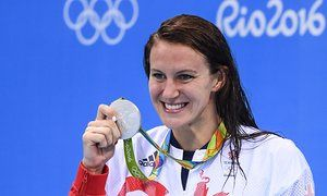 Jazz Carlin with her silver medal after finishing second in the final of the women's 400m freestyle.