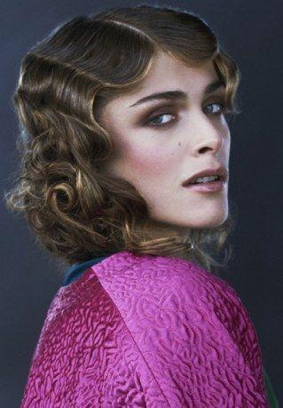 Die Trendfrisuren 2012 sind ein bunter Mix aus hypermodernen Kurzhaarschnitten, neu interpretierten Langhaar-Looks und unzähligen Haarschnitten irgendwo dazwischen...