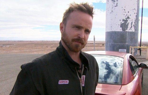 Ο Aaron Paul μαθαίνει να οδηγεί γρήγορα για χάρη του Need for Speed