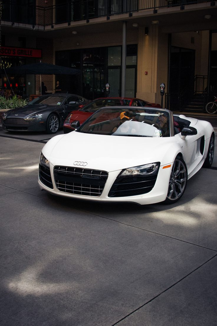 Crisp white Audi R8 spider. Perfect for a summer ride!