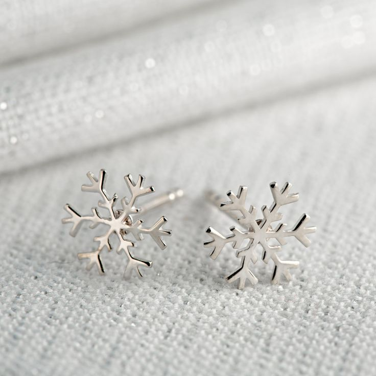 Lily CharmedLily Charmed Silver Snowflake Earrings