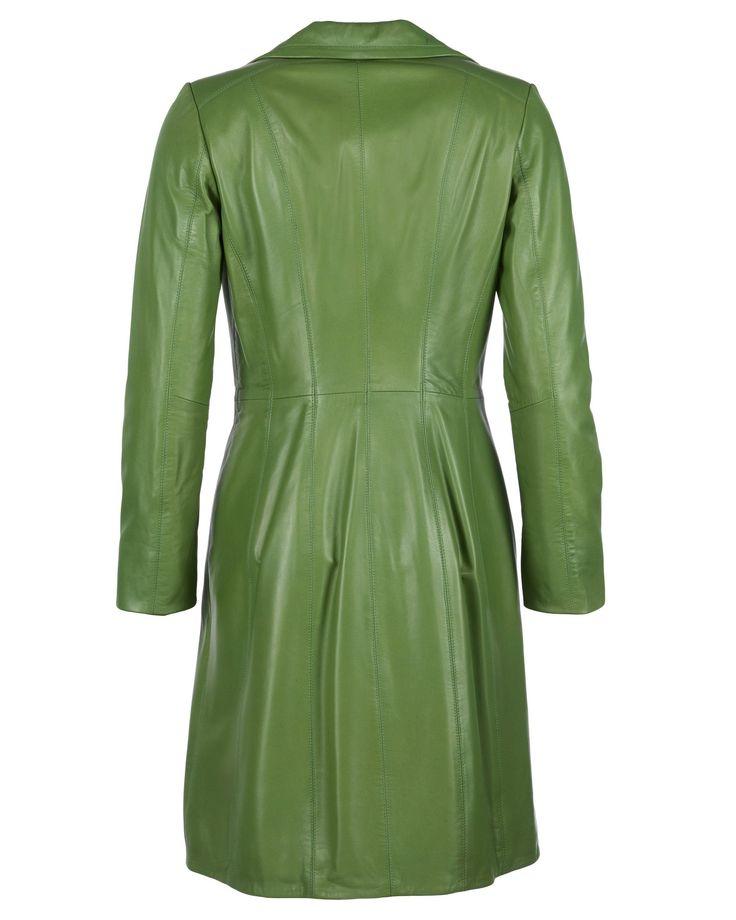 Ledermantel, Damen Ursula-M Edel und klassisch im Design ist dieser Ledermantel von JCC! Die seitlichen Einschubtaschen sowie die Knopfreihe betonen d