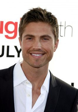 Eric Winter is an American actor who was cast to play Freya Beauchamp's wealthy soon-to-be husband, Dash Gardiner, in Witches of East End. He is the husband of Roselyn Sanchez, one of the star actresses of Devious Maids, another Lifetime series which was launched the same year as 'Witches'.