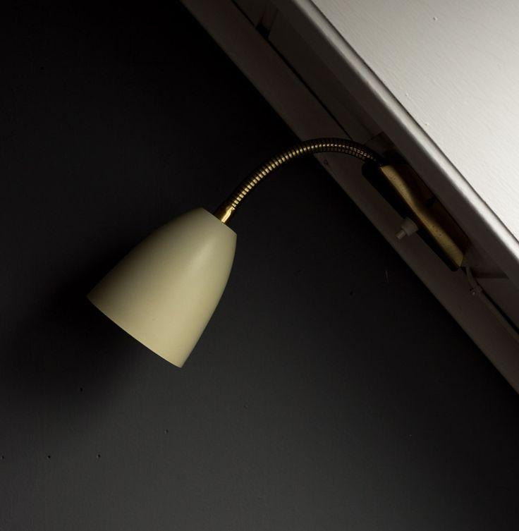 www.designsalong.com