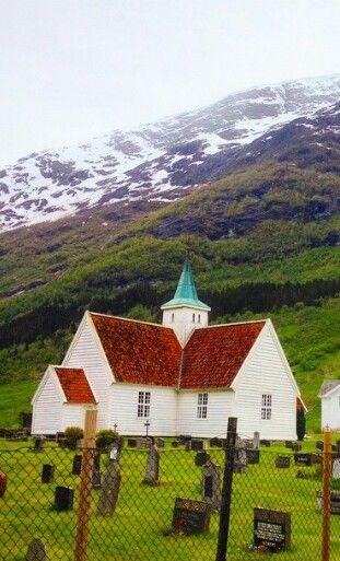 Gamle kyrkja I Olden