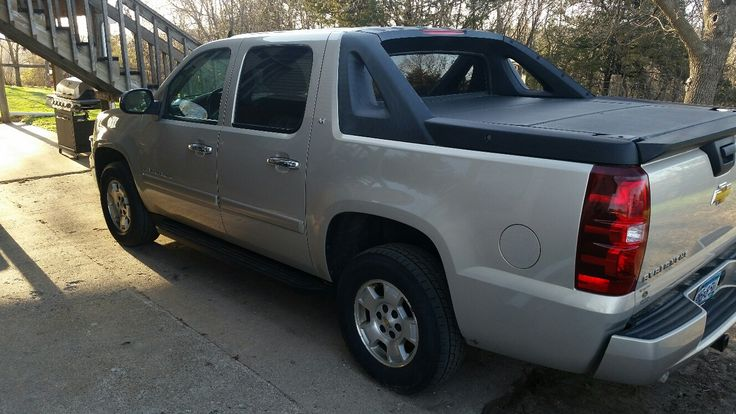 FOR SALE, 2008 chevy avalanche
