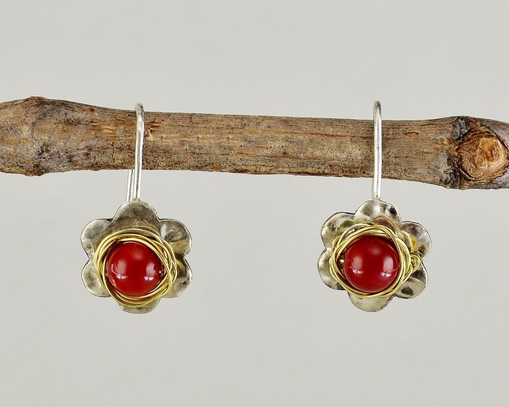 Flower silver earrings, red coral short drops, hammered jewelry , daisy earrings, dangle rose earrings, women gift, small earrings by ColorLatinoJewelry on Etsy